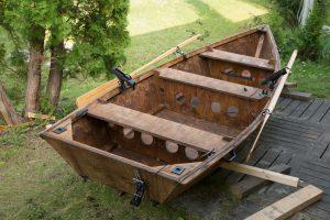 Veneen voi rakentaa myös itse