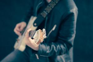 Musiikki harrastuksena – tarvitsetko hyvän kitaran?