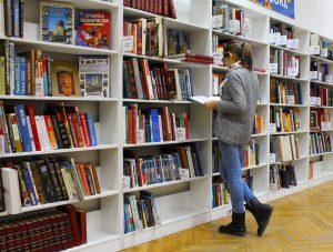 Kansainvälinen bestseller tuo lempeämielisen elämänkatsomuksen epätäydellisestä täydellisyydestä suomalaiskoteihin