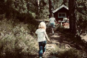 Nipistä lapsen ruutuaikaa ja lisää ulkoilua