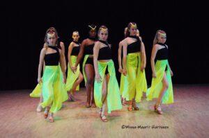 Tanssia – tanssikoulu Un Dos Tres